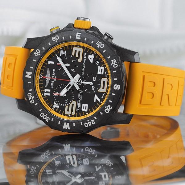 Breitling_endurancepro_jaune